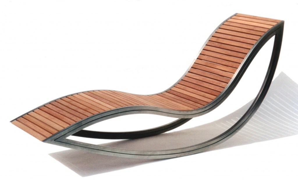 Dondola lounger by David Trubridge